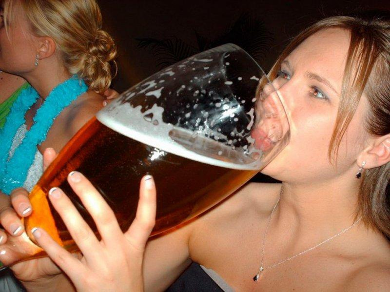 Сборник слегка выпивших симпатичных девушек  511330