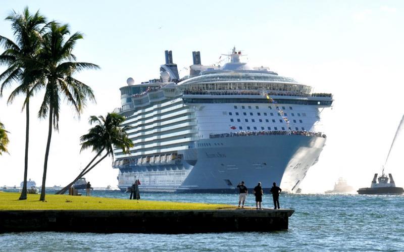Самый большой круизный лайнер в мир