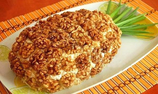 Рецепты салатов с курицей и ананасом и грибами рецепт с пошагово