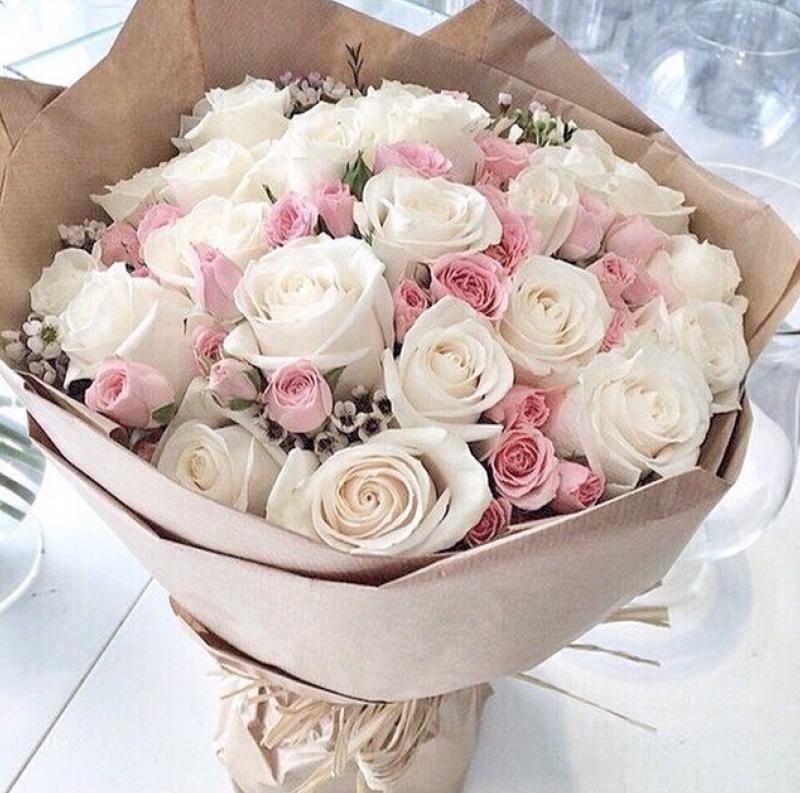Красивые картинки с днем рождения женщине букет цветов