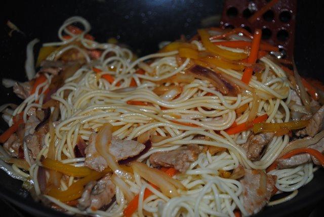Лапша по китайски со свининой рецепт с пошагово