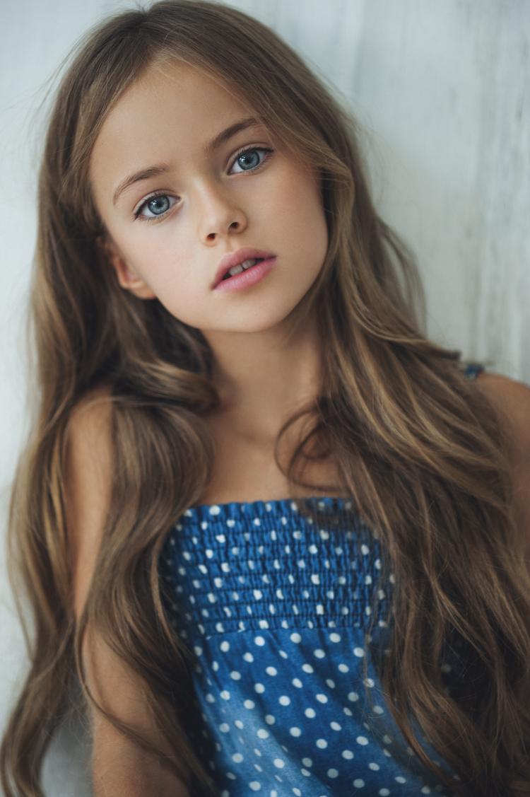 Супер красивая девушка кончает 31 фотография