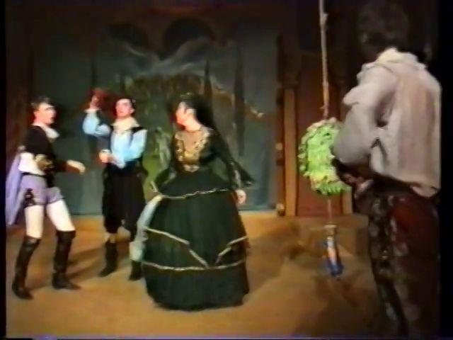 «Двенадцатая ночь» по пьесе У.Шекспира - выпуск СГбГАТИ, 6 мая 1990 г (видео, скрины) D4a0a