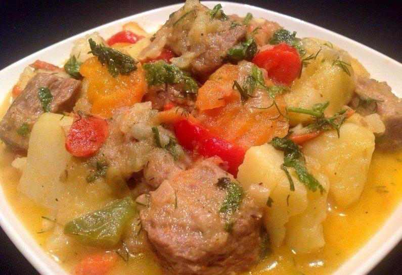 Картошка тушеная с мясом и овощами рецепт с фото пошагово