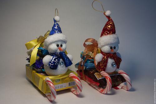 Сладкий подарок на новый год своими руками из конфет