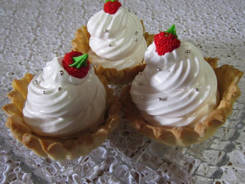 Песочное пирожное с белковым кремом рецепт