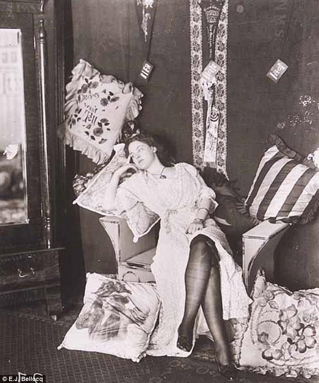 Года 1912 проститутки