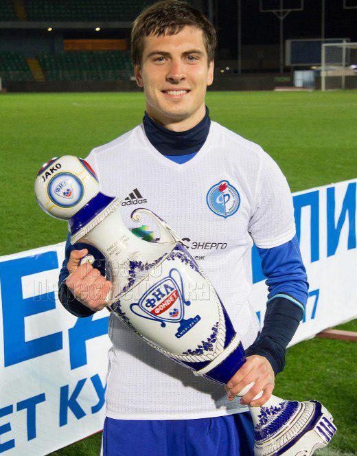 Дмитрий тихий футболист фото