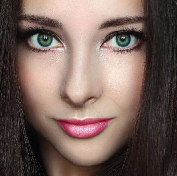 Макияж для брюнетки с зелеными глазами
