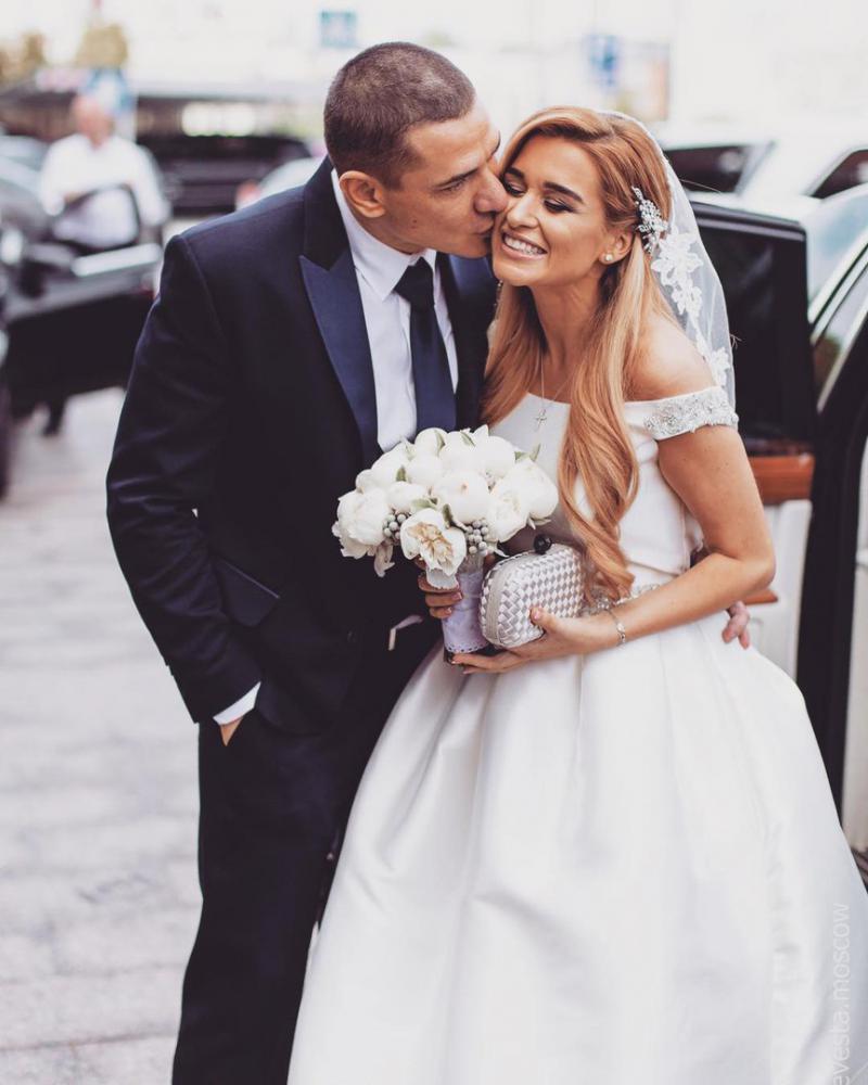 Фото ксении бородиной со свадьбы с мужем