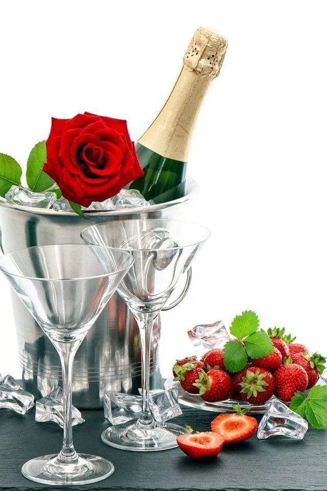 вот днях открытки с шампанским и цветами сиз для